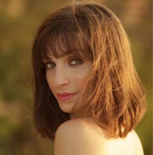 Hier zu sehen ist eine Frau mit einem French Cut | Trendfrisuren 2019 Damen - Hair&Style Altbach